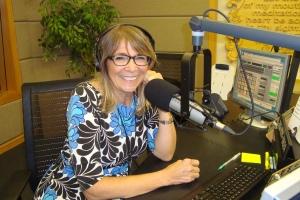 """Nancy Turner, Presentadora de """"This is the Day"""" en Radio Moody"""
